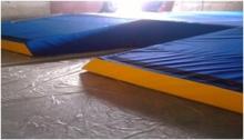 Doskočiště o tyči s krycí dekou s molitanem 5cm 500x700x80 cm